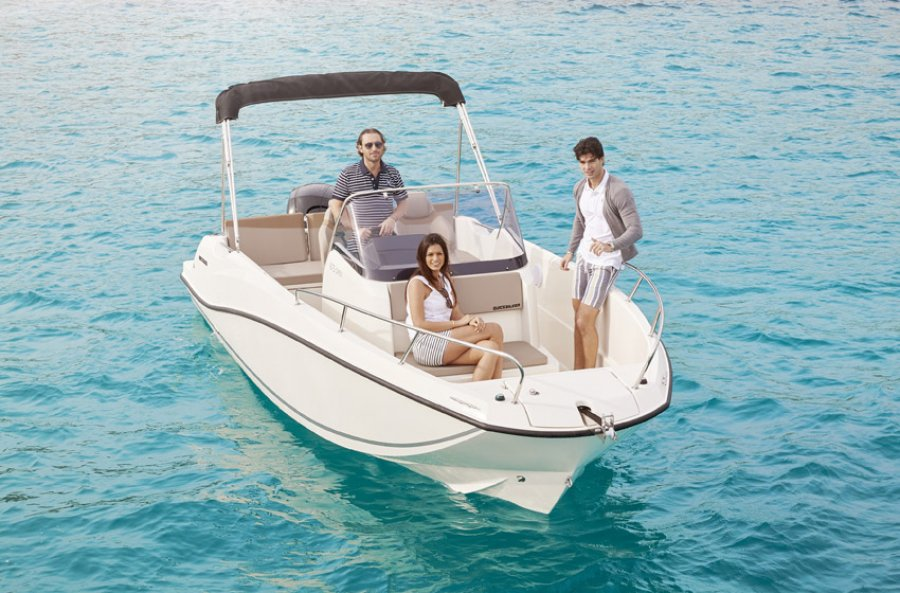 Quicksilver Activ 675 Open